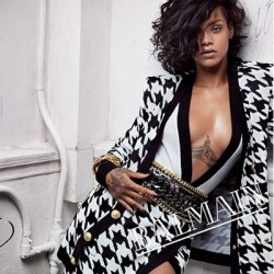 Rihanna_4x4