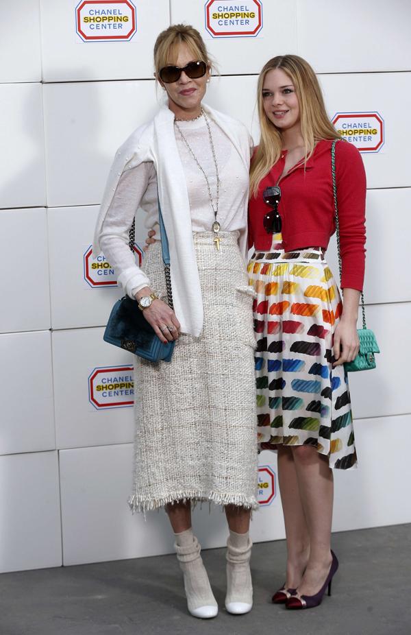 Melanie Griffith con su hija Stella Banderas