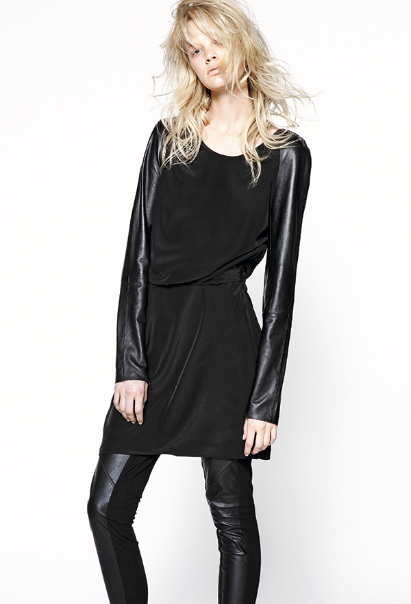 Vestido, $69.990, OK Style Calzas, $7.990, Tricot