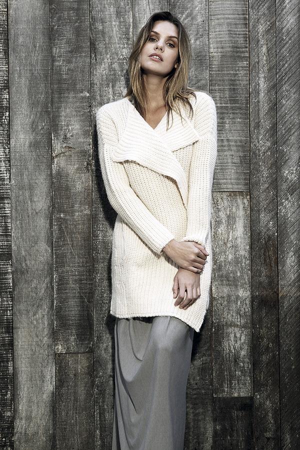 Chaleco, Paula Cahen D'Anvers. Vestido, Ropa de Género.