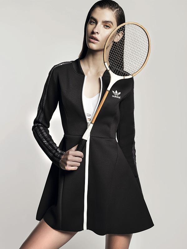 Rita Ora para Adidas Originals, vestido, $34.990; Triumph, sostén, $33.980