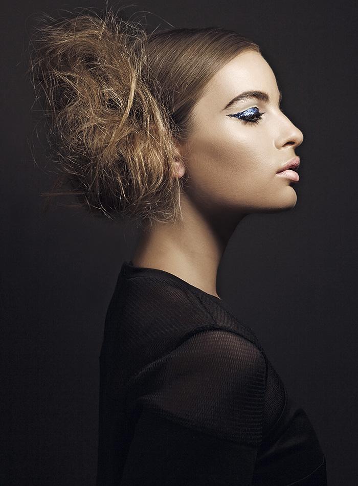 Maquillaje y pelo: Bea Palma para Urban Decay