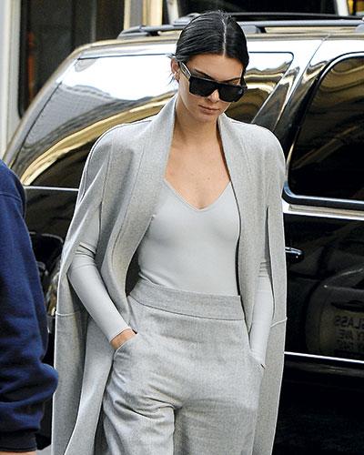 Kendall Jenner es una de las fans del body y  lo usa en todas sus versiones.