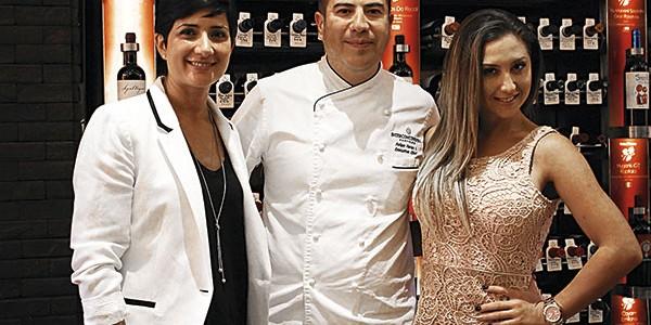 Karolina Lama, Felipe Farías y Nicol Moreno