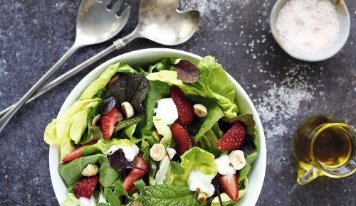 Ensaladas nutritivas, una rica y fresca opción para un almuerzo de verano