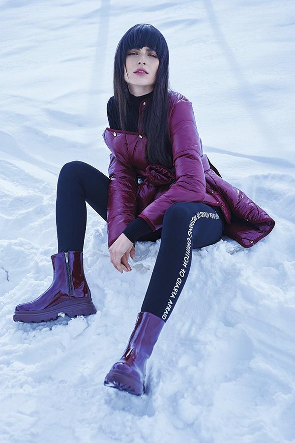 H&M, suéter, $10.000; calzas, $6.900; Mango, parka, $24.990 c/u; Sarkany en Falabella.com, botines, $49.990