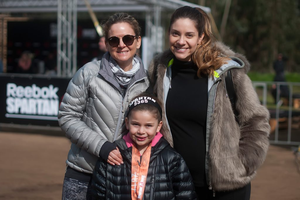 Daniela Stuardo, Camila Stuardo y María Caladriz (niña).