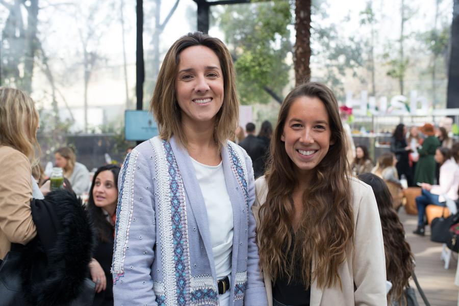 María Luisa Vega y Antonia Saenz.