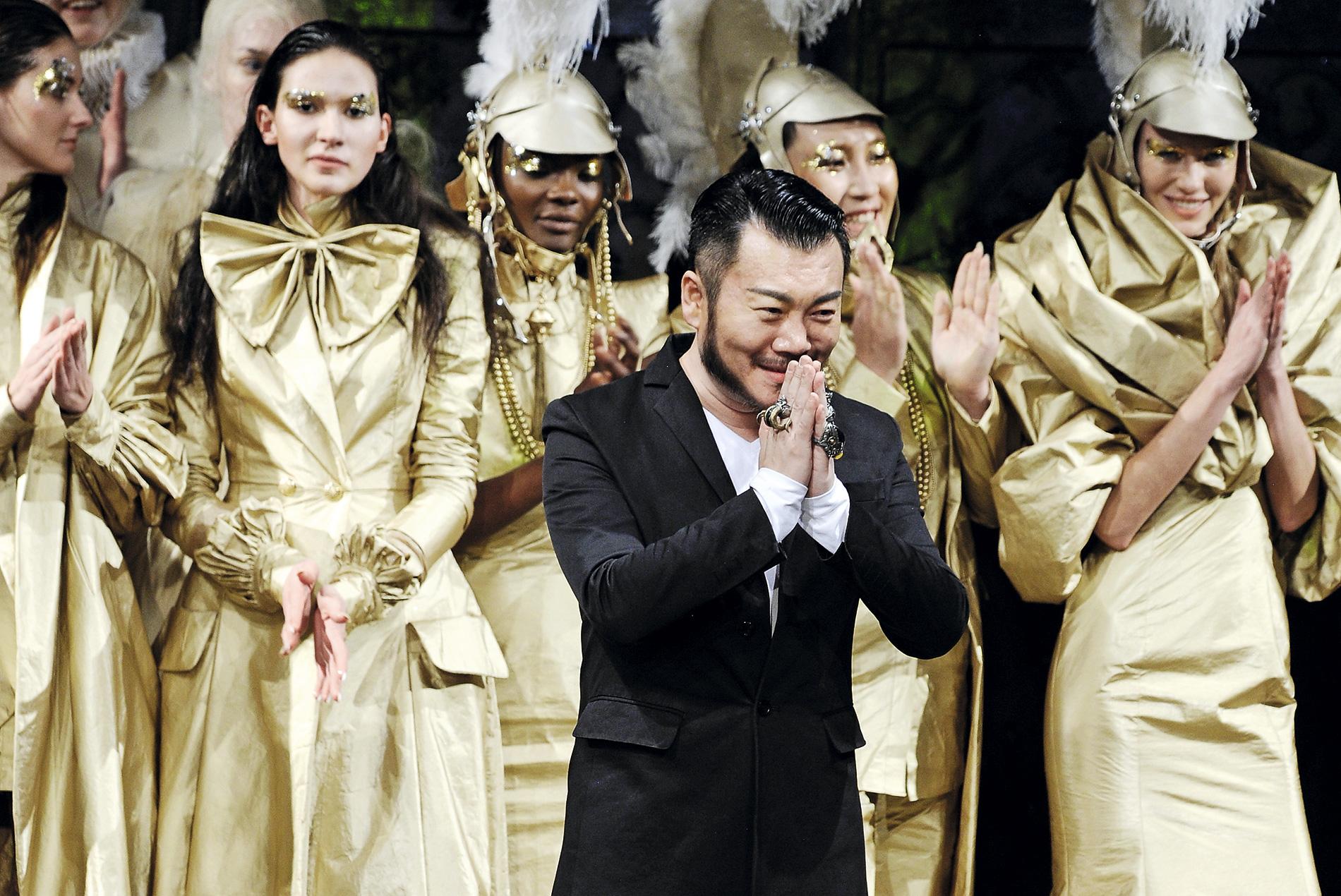 El diseñador chino Hu Sheguang.
