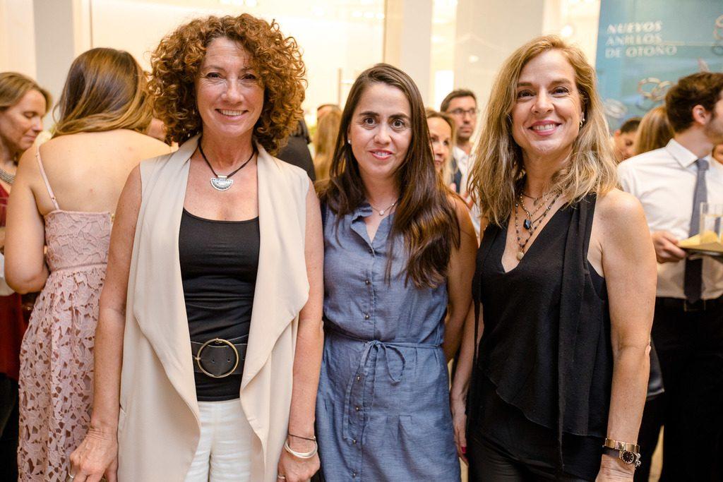 Isabel de Iruarrizaga, Pamela Barría y María Luisa Rudolphy