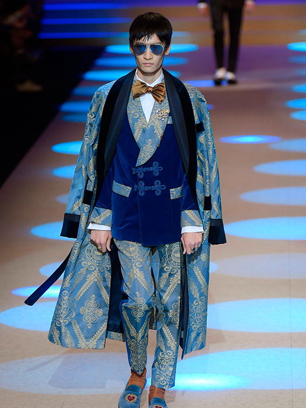 9e2618c5d8 13. 14. Etiquetas:Desfile dolce & gabbana fashion week maluma Milán semana de  la moda