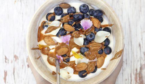 Yogur griego a la tahini