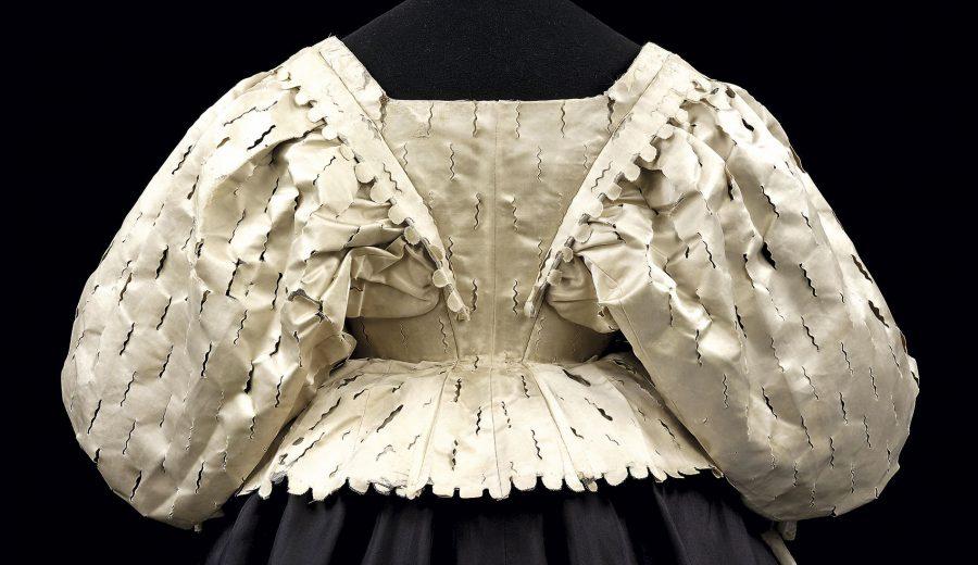 8396581e7b La historia del vestido - Revista Mujer