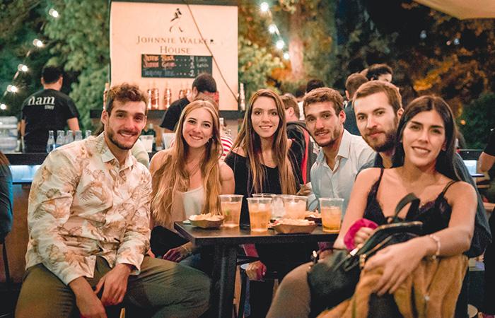 Andrés Schuitemaker, Ignacio Schuitemaker, Isi Correa, Jorge Correa, Mariela Stipo y Paula Aguilera