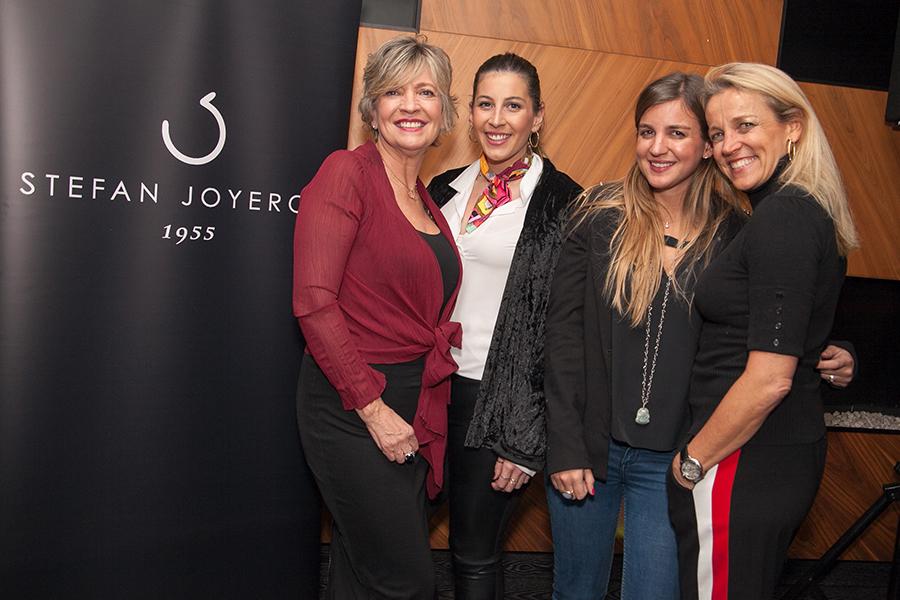 Hilde Laskowitz, Daniela Ordoñez, Stefanía Sacaan y Valeria  Laskoitz