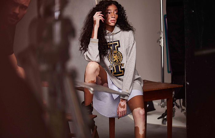Winnie-Harlow-Tommy-Icons-Sweater-BTS-Fall-18-Low-Res-(1)